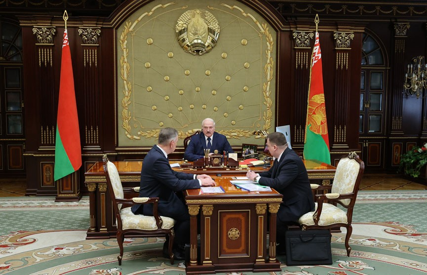 Лукашенко: Непростые времена – нам угрожают санкциями