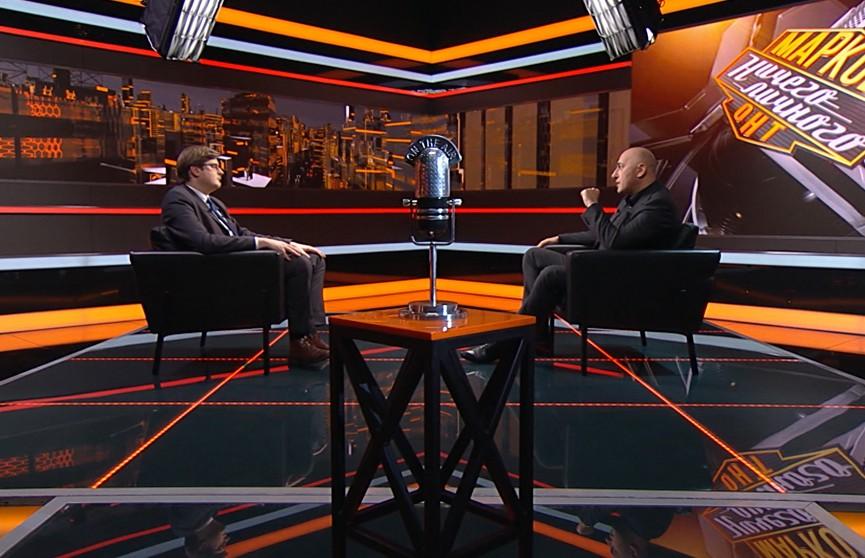 Политолог Петровский: Навальный – иностранный агент влияния, который называл белорусский «языком подонков»