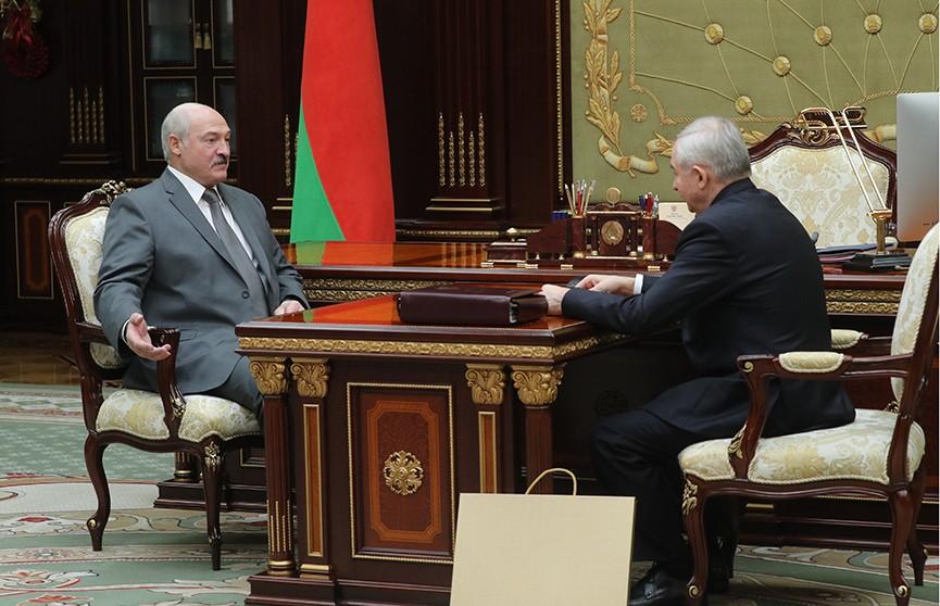 Александр Лукашенко провёл рабочую встречу с управляющим делами Президента Виктором Шейманом