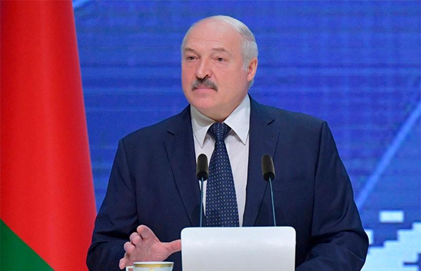 Лукашенко о доходах белорусов: Надо на ступеньку выше подняться в будущей пятилетке