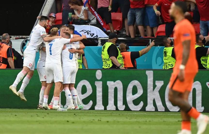 Сборная Чехии сенсационно победила команду Нидерландов и вышла в 1/4-ю финала Евро-2020