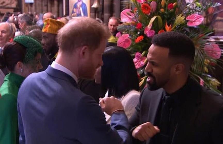 Необычный жест принца Гарри удивил британцев