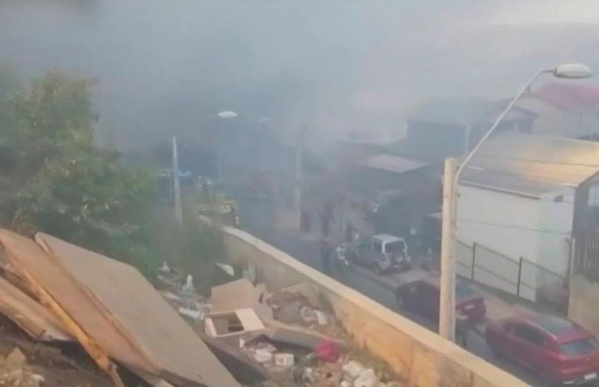 Пожар в Чили: сгорели более 80 домов