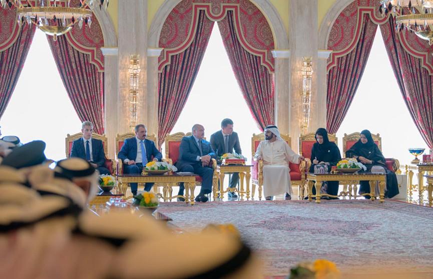 От финансов до сельского хозяйства: Александр Лукашенко в ОАЭ обсудил с вице-президентом перспективные проекты