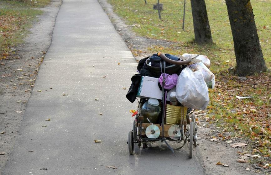 В Калифорнии из-за коронавируса бездомных выдворят из временного жилья