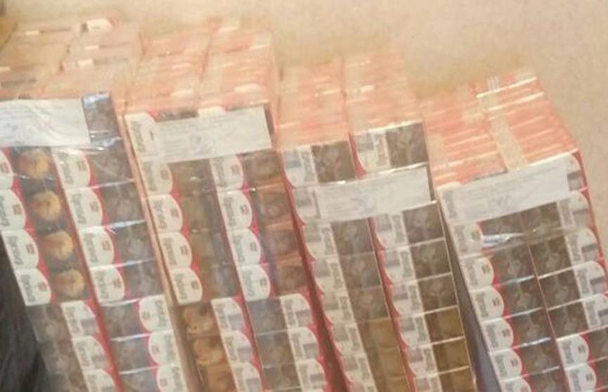 15 тысяч пачек сигарет незаконно перевозили жители Полоцкого района
