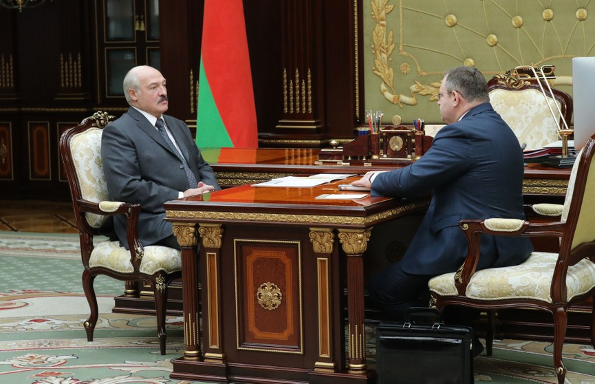Министр финансов Беларуси доложил Президенту о ситуации с бюджетом и зарплатах в стране