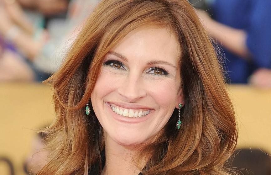 Джулия Робертс опубликовала фото без макияжа – «красотка» не изменилась