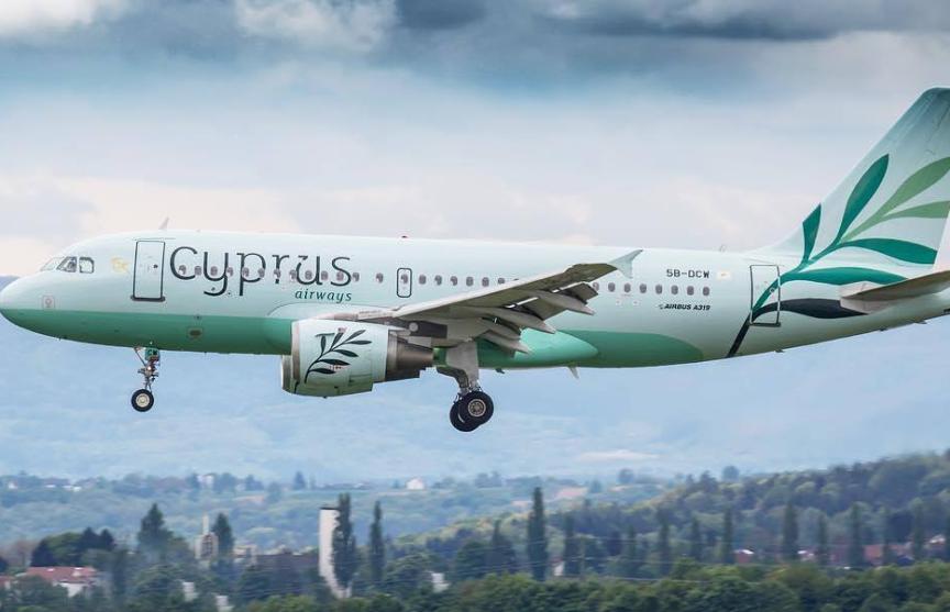 Кипр начнет восстанавливать авиасообщение с другими странами с 9 июня