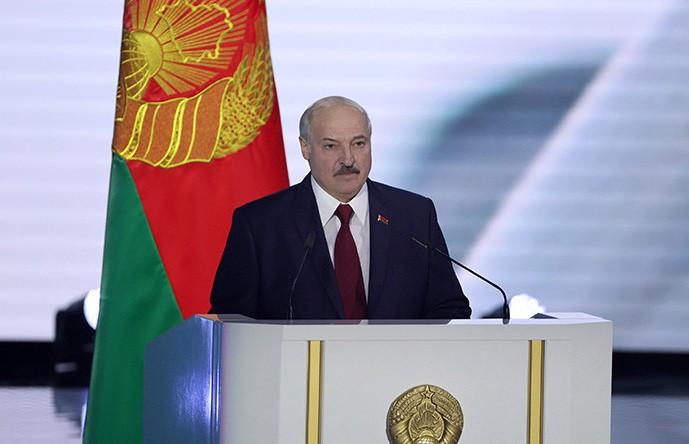 Лукашенко исключил возможность передела собственности в Беларуси