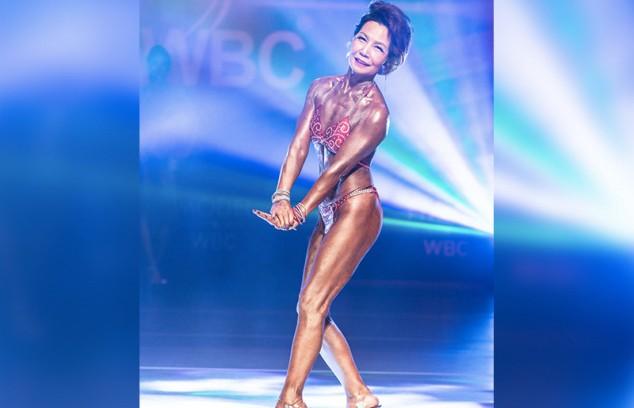 75-летняя кореянка стала бодибилдером и заняла второе место на соревнованиях