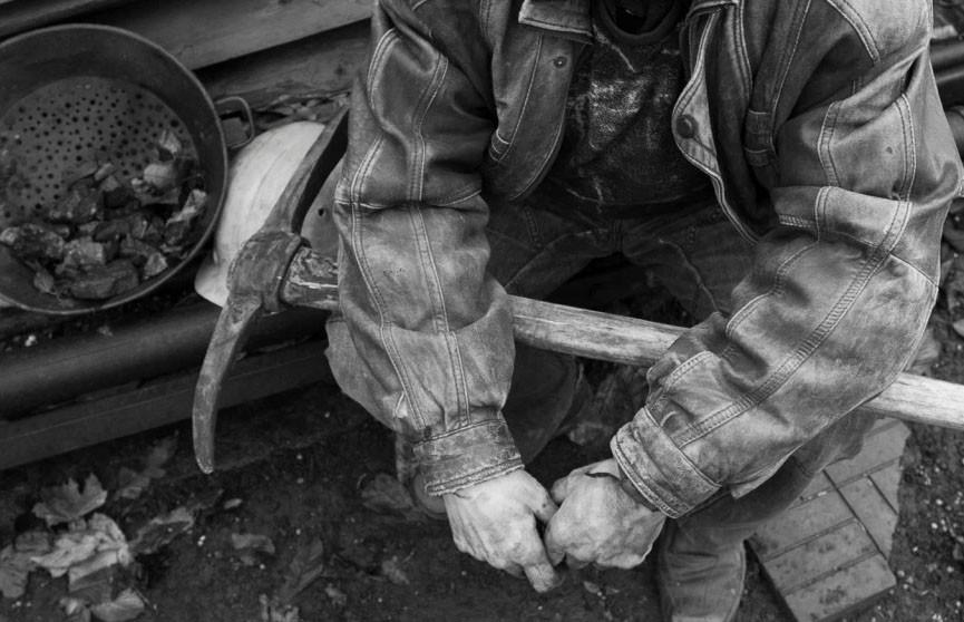 Два шахтера погибли от ядовитого газа на севере Китая