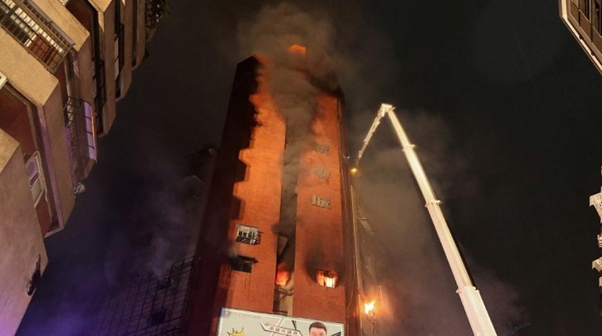 Пожар в многоэтажке на юге Тайваня: число жертв возросло до 46