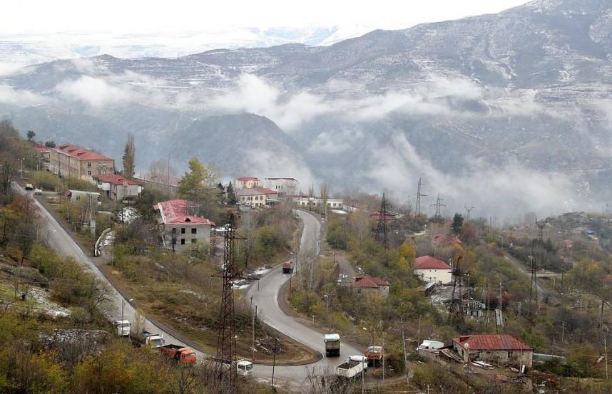 Азербайджан и Армения начали взаимный обмен пленными и заложниками