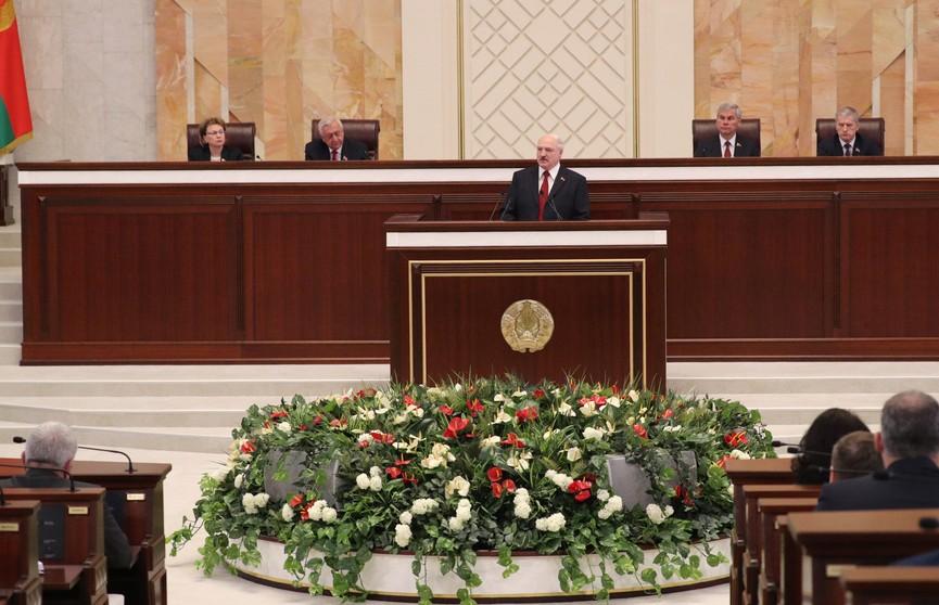 Лукашенко: Народ Беларуси прошёл долгий путь и построил страну для жизни