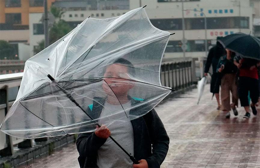 15 человек погибли из-за мощных ливней в Японии