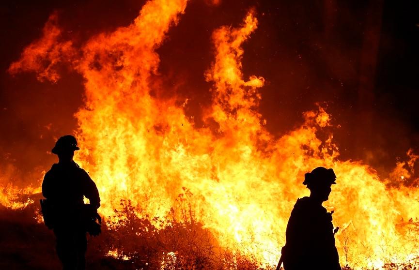Лесные пожары бушуют на юге Австралии