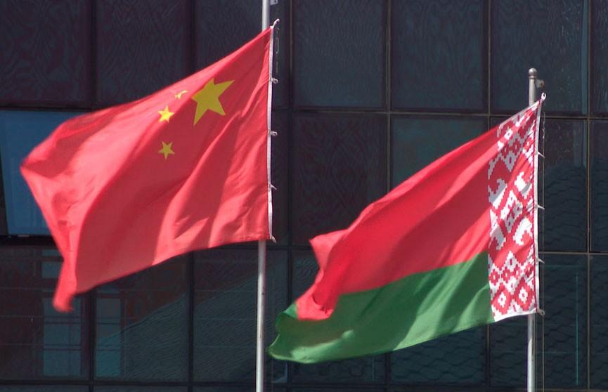 Александр Лукашенко поздравил председателя Китайской Народной Республики Си Цзиньпина с днем рождения