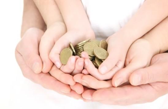 Минтруда: На 2020 год в фонде соцзащиты предусмотрено 1,5 млрд рублей на выплату пособий по уходу за детьми