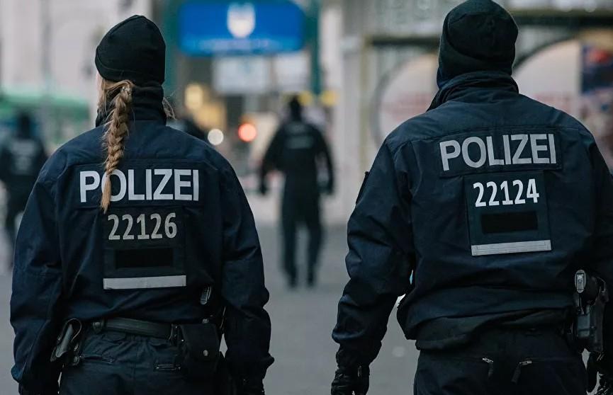В Берлине задержали мужчину, кидавшего снежки в консульство США