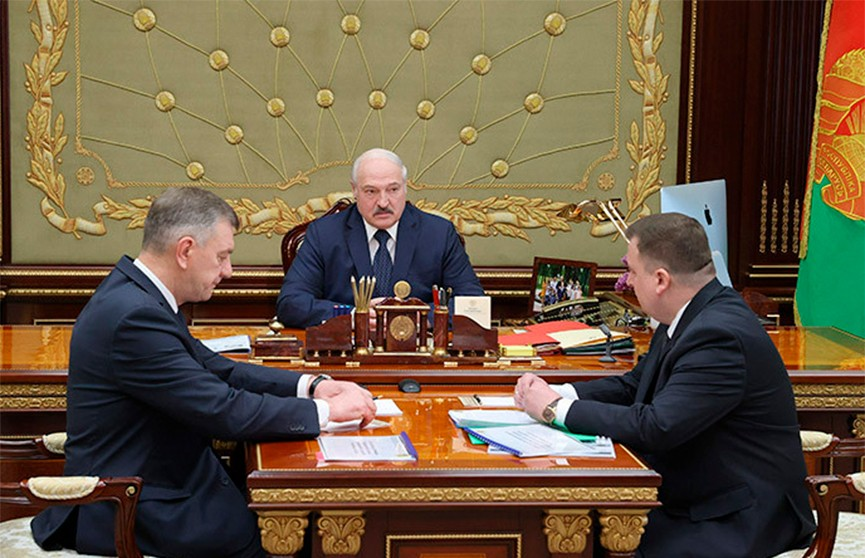 Лукашенко: санкционные угрозы не повлияют на военно-промышленный комплекс Беларуси