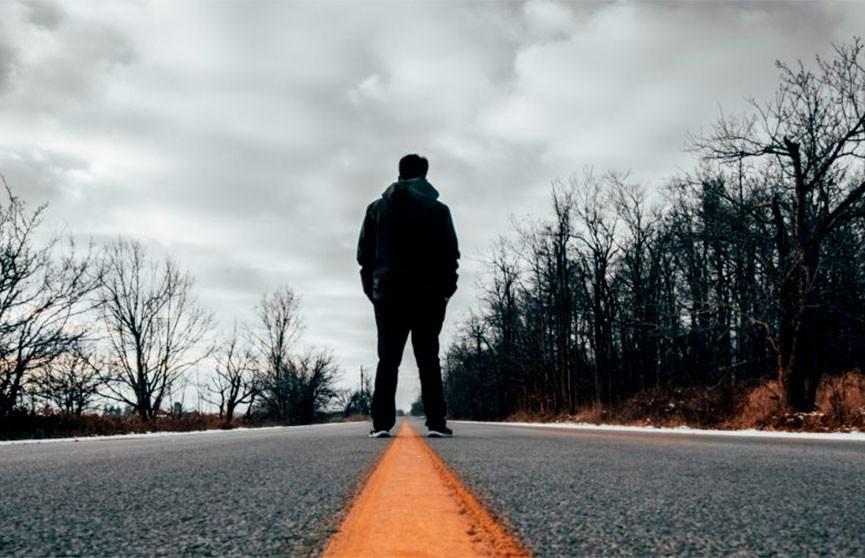 Расстроенный мужчина после ссоры с женой прошел 450 километров пешком