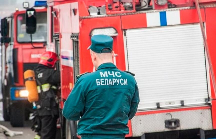 Часть кровли гаража для комбайнов обрушилась в Мостовском районе