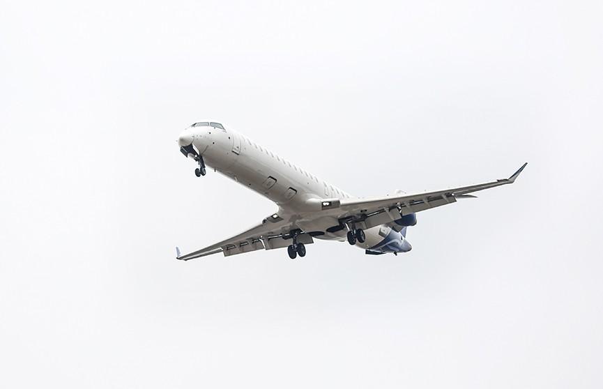 У Boeing загорелась стойка шасси при посадке в Уфе