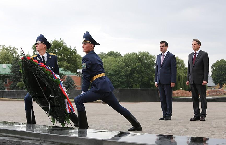Главы КГБ Беларуси и Службы внешней разведки России в Бресте обсудили сотрудничество