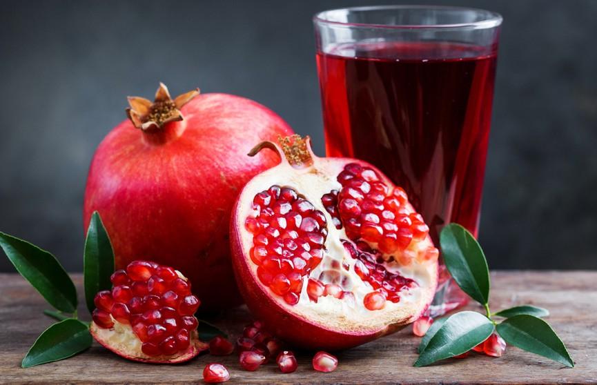 Укрепляет иммунитет, чистит кровь и снижает холестерин: полезные свойства граната