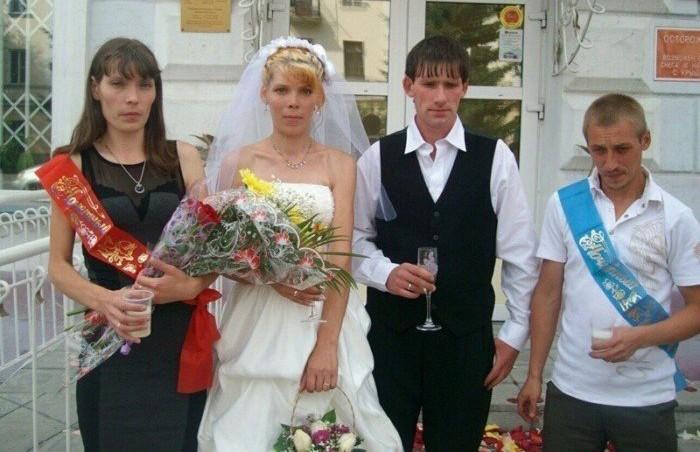 Типичная деревенская свадьба: отпраздновать и выжить. Вы только посмотрите, что творят!