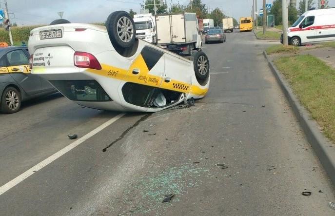ДТП в Минске: машина перевернулась на улице Бабушкина