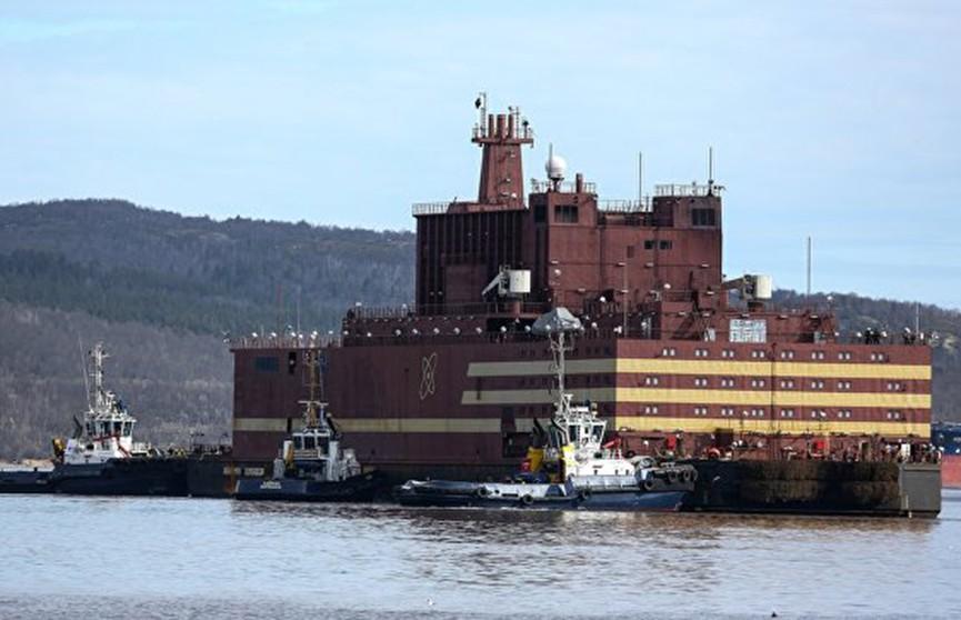 Реактор плавучей АЭС запустили в России