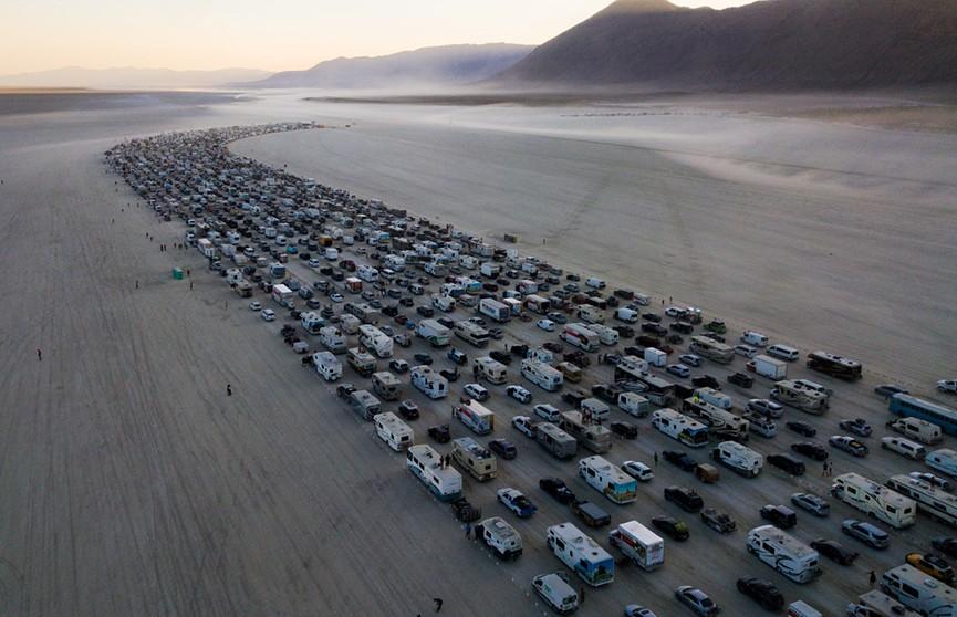 Город посреди пустыни: что такое Burning Man?