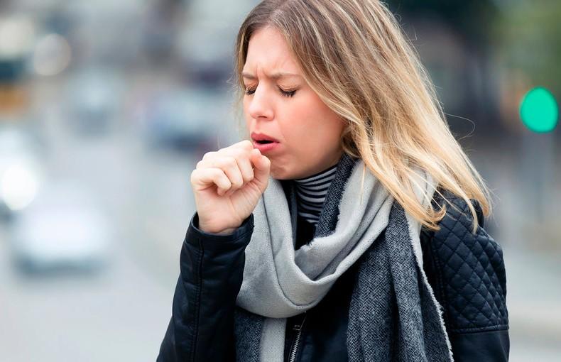 Учёные показали, как коронавирус распространяется при кашле: видео