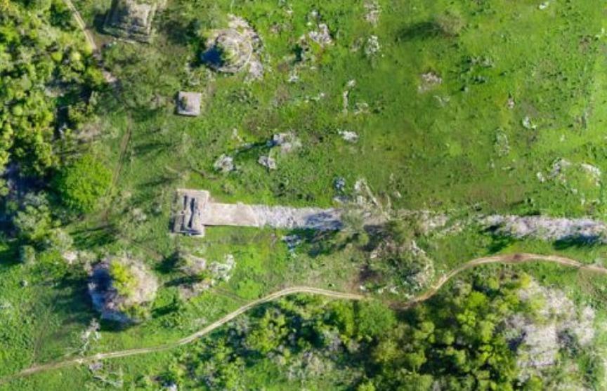 Археологи нашли построенную индейцами майя дорогу