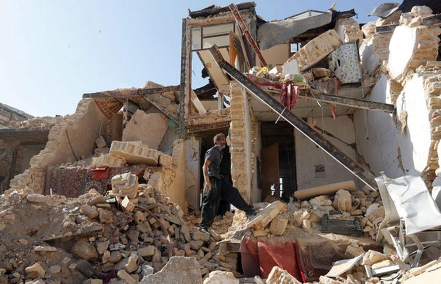 Мощное землетрясение в Иране: шесть человек погибли