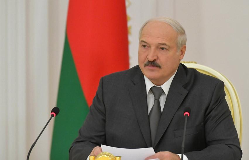 Лукашенко: «Деньги под ногами – взять не можем». Подробности совещания с руководством Совета Министров