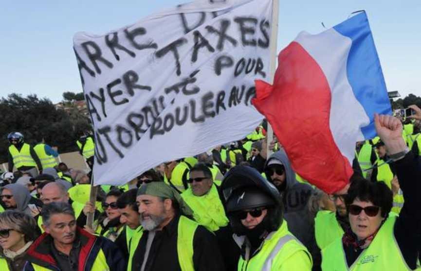 Франция подсчитывает ущерб от новогодних протестов «жёлтых жилетов»