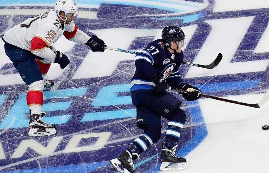 «Виннипег» обыграл «Флориду» в НХЛ