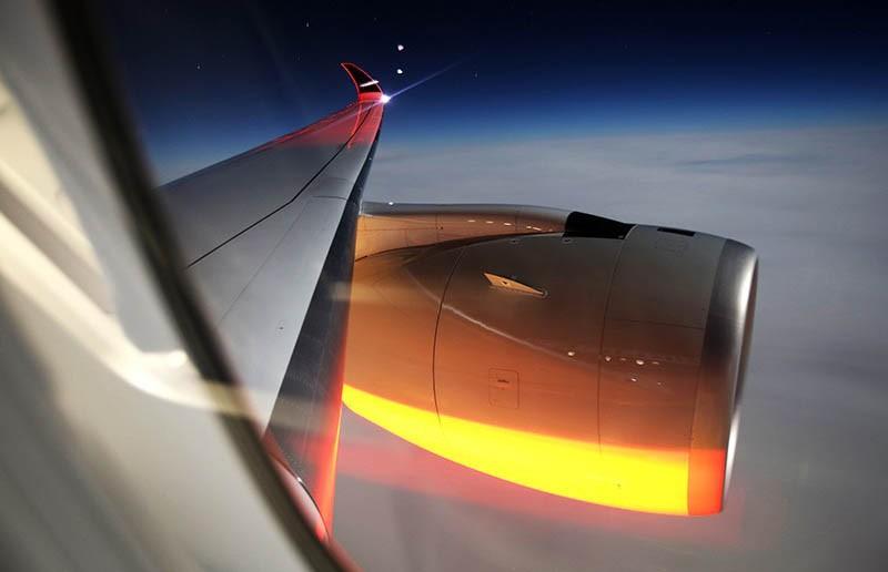 Чешский самолёт вернулся из Греции на одном двигателе