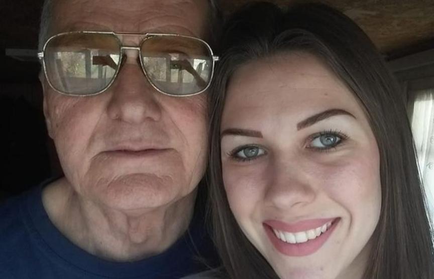 74-летний мужчина разводится с 21-летней женой: она изменила ему с 60-летним соседом
