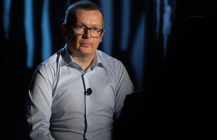Бывший координатор оппозиционного штаба Воскресенский: пришло время не ходить на протесты, а садиться за стол переговоров