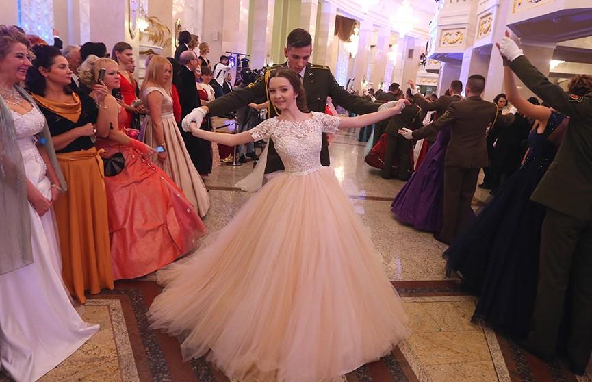 Юбилейный новогодний бал прошёл в Большом театре