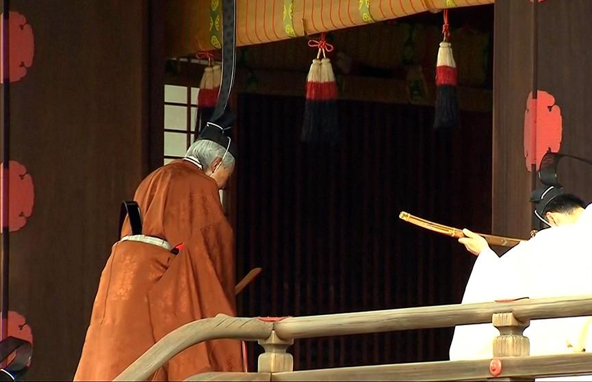 Новая эра наступает в Японии. Император добровольно отрёкся от престола
