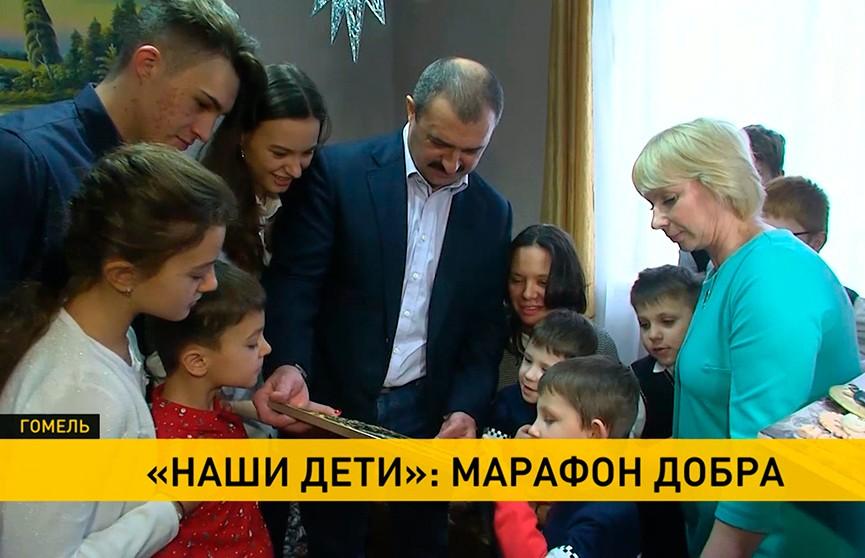 «Наши дети»: Виктор Лукашенко навестил воспитанников одного из детдомов Оршанского района