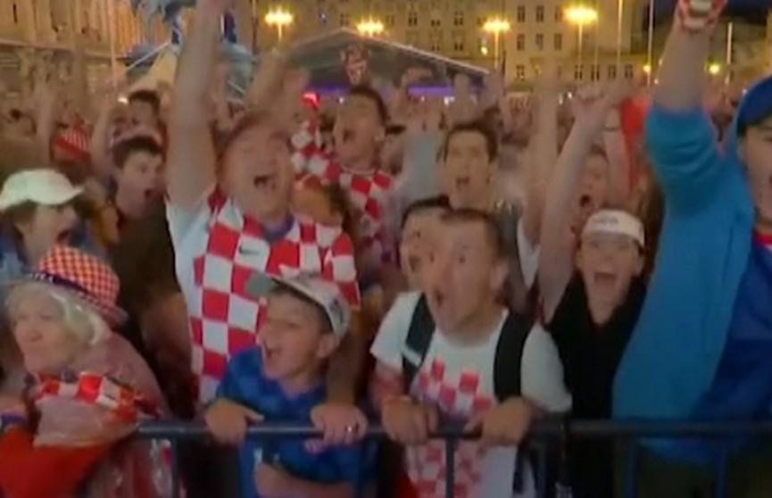 Болельщики сборной Хорватии бурно отмечают выход команды в финал ЧМ по футболу-2018