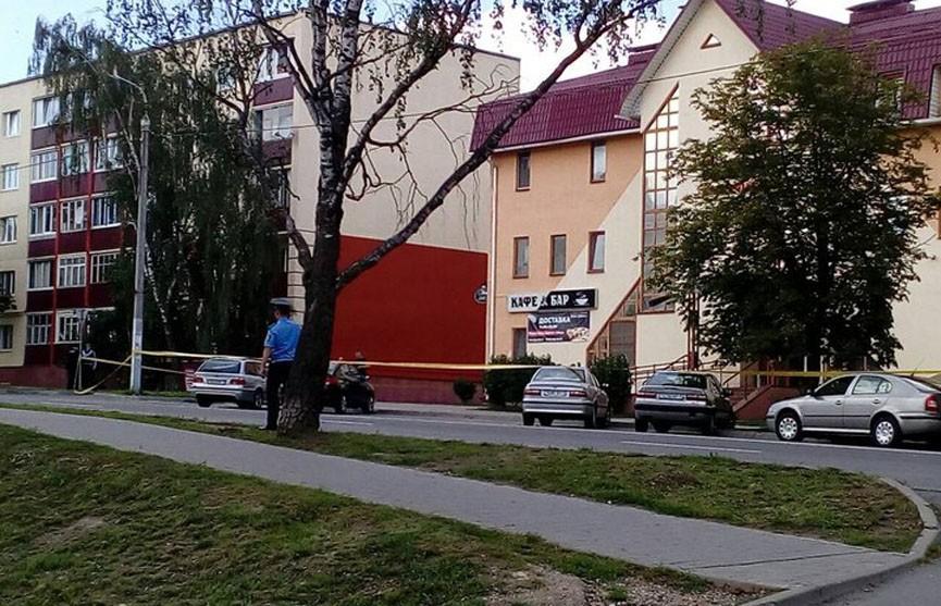 Мужчина взял в заложники женщину в Заславле