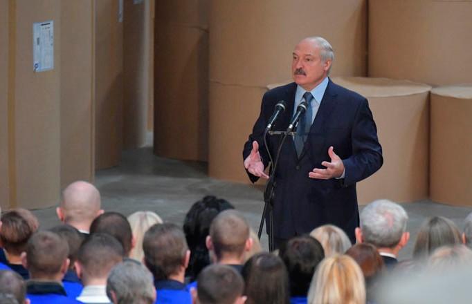 «Хотим мы этого или нет, мы будем идти этим путём»: Лукашенко рассказал об альтернативных поставках нефти