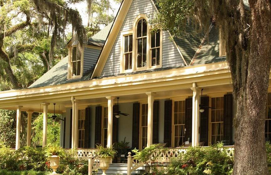 Как правильно оформить недвижимость в собственность, если документов на нее нет? Рассказывает адвокат